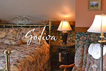 Cocoa Cottage Bed and Breakfast-Godiva Room - Szoba reggelivel
