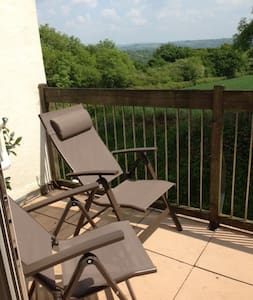Sunny house, fantastic views! - Callington - Casa