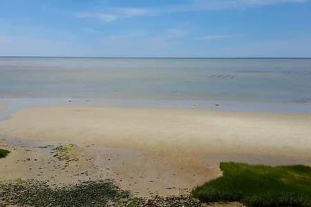 Spectacular Beach Front Home on Cape Cod Bay - Брюстер - Дом