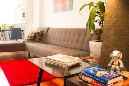 Stylish, private & central - Surry Hills - Apartment