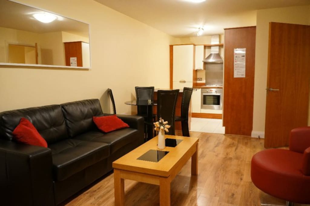 HI SPEC 2 BR APT IN HEART OF DUBLIN