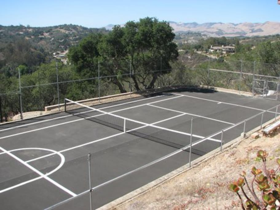 Tennis Court available to guests.Racquets and balls provided.