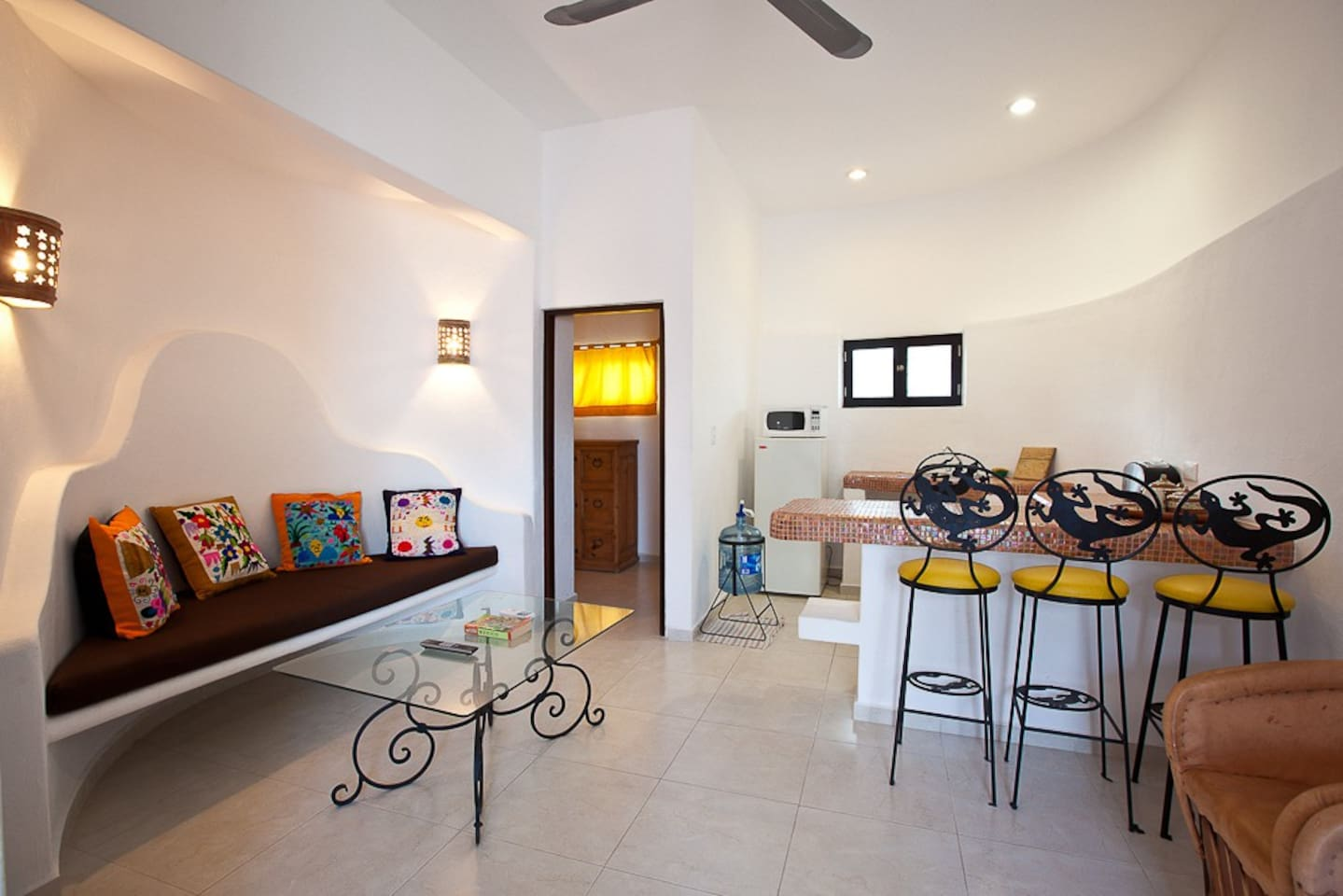 The Sugar Bungalow's living area
