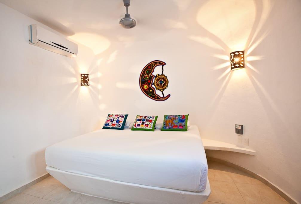 The Sugar Bungalow's moon bedroom