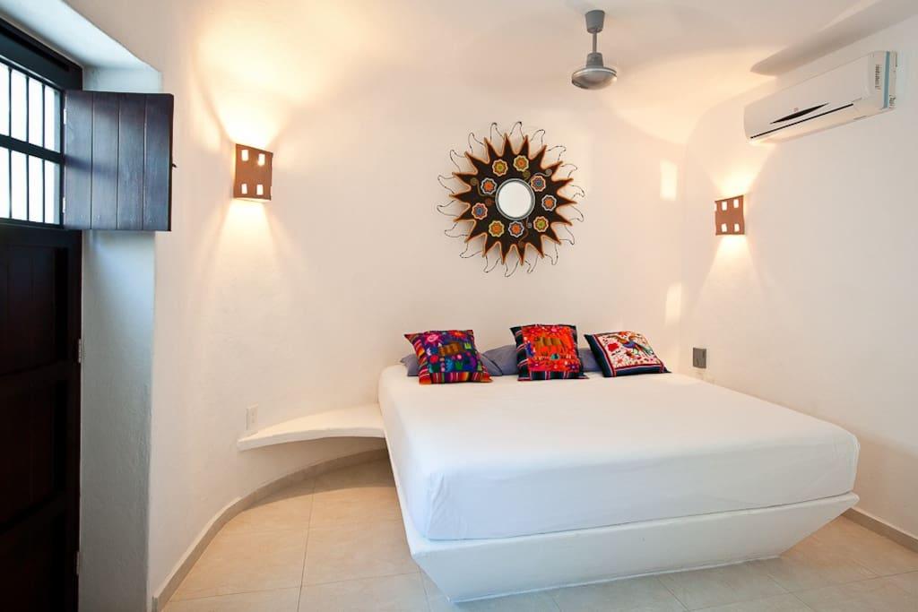 The Sugar Bungalow's sun bedroom