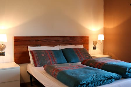 LUXURY B&B TIRANO BORMIO LIVIGNO - Tirano - Bed & Breakfast