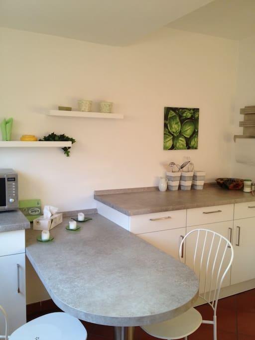 Küche mit viel Platz zum Sitzen