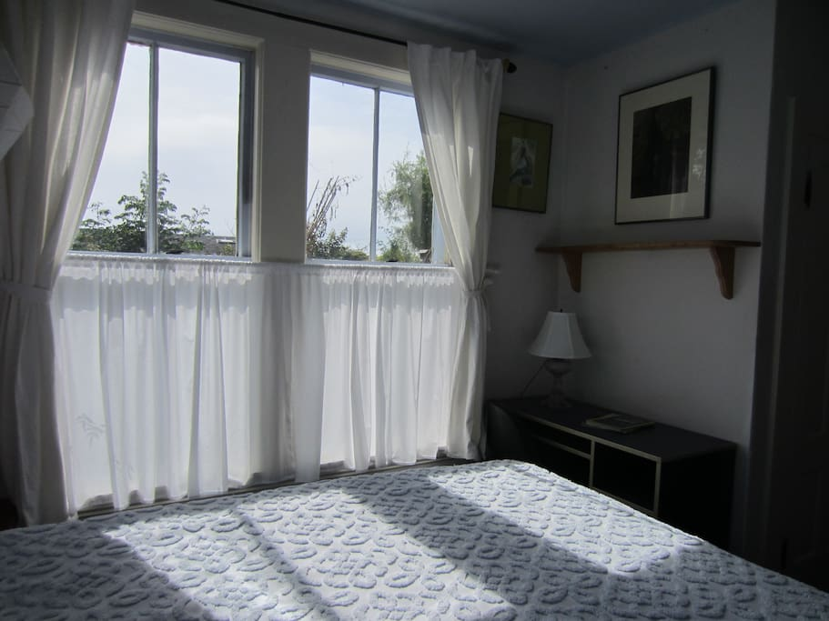 Sunny, private Westside room