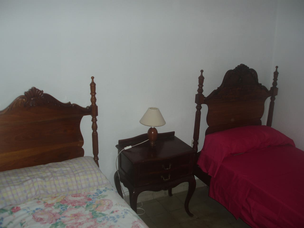 2 singles bed