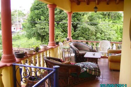 Casa Mango loco - La Cruz de Huanacaxtle - Villa
