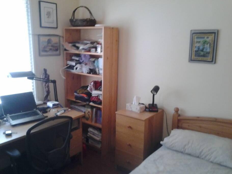 Private Room in Kensington Market 2