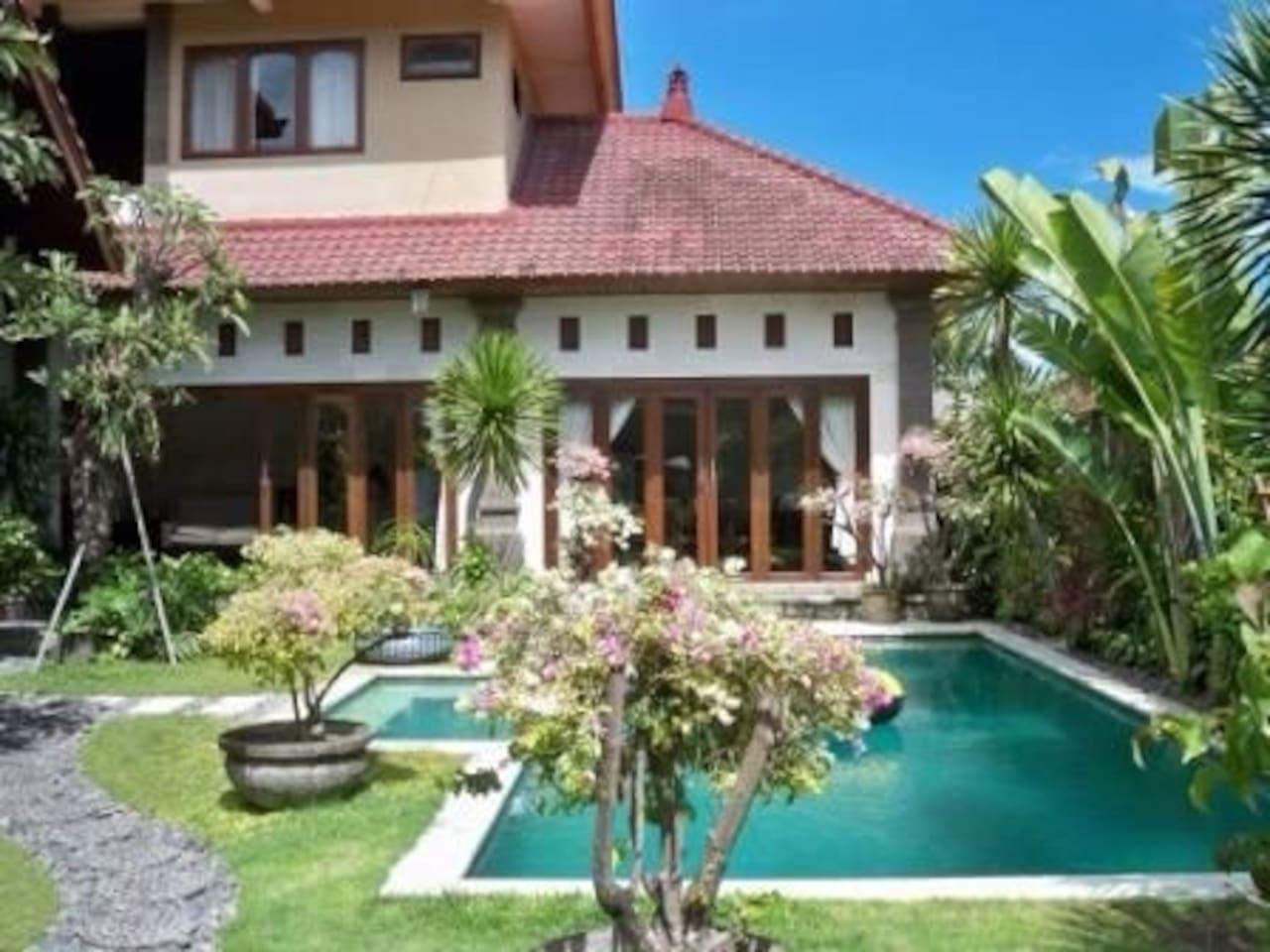 5 Br Villa Angelo Bali