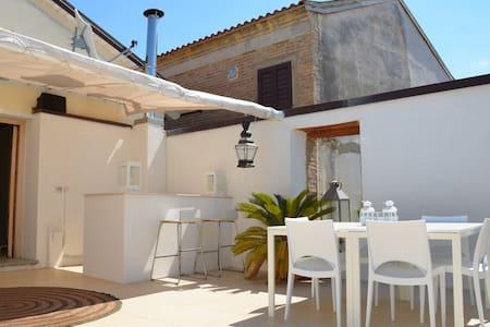 Catona casa charme marinara - Reggio Calabria - Hus