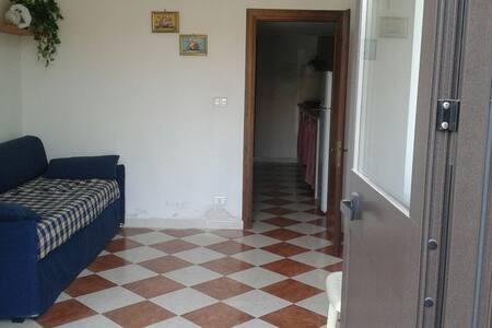 Bilocale Acquedolci centro (Me ) - Acquedolci - Apartment