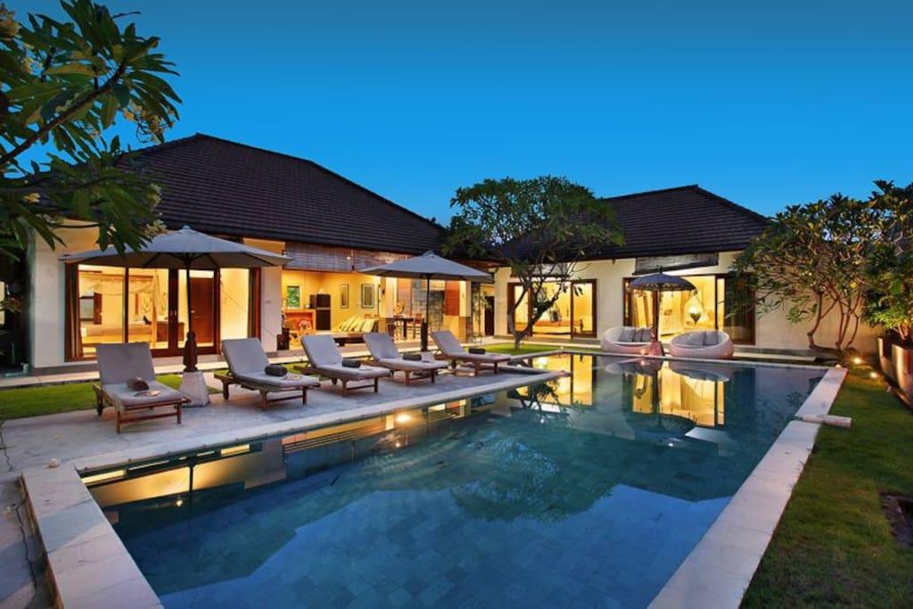 Villa Seminyak Umalas1VR 4 Bedrooms