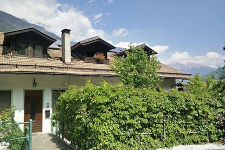 Accogliente mansarda a Bocenago- Val Rendena - Bocenago - Apartamento