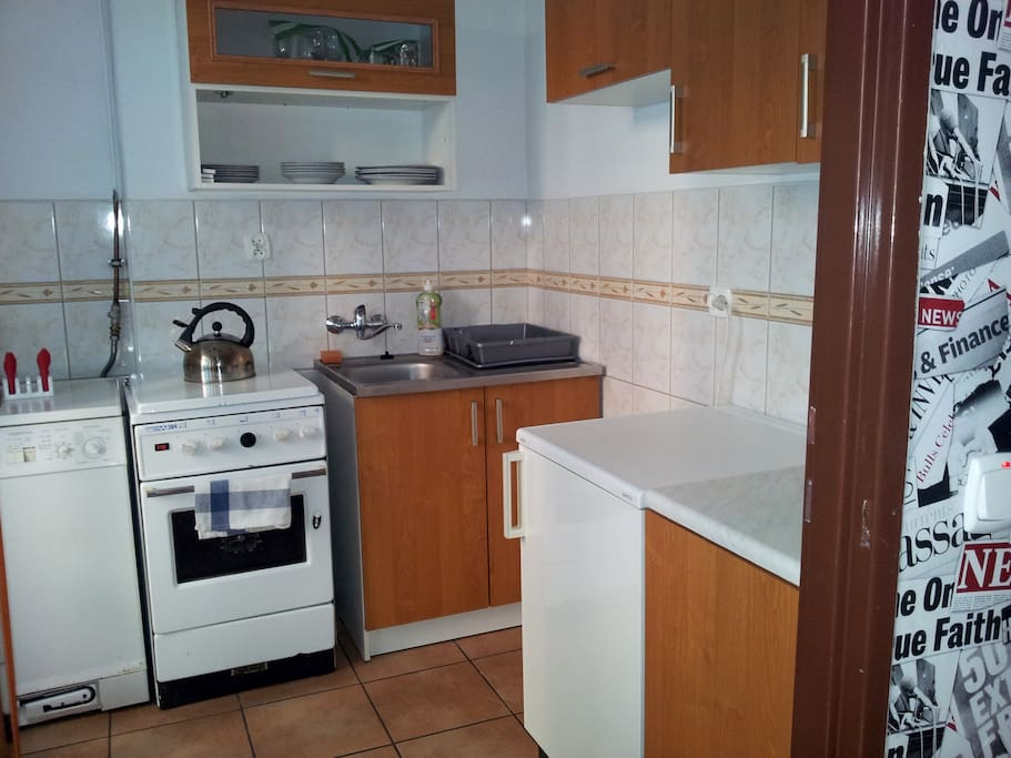 Family Apartment - kitchen with dishwasher and washing machine