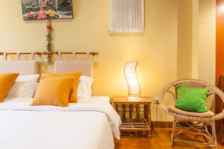 Saku Boutique Homestay Chiangmai: Room C - Saraphi - Bed & Breakfast