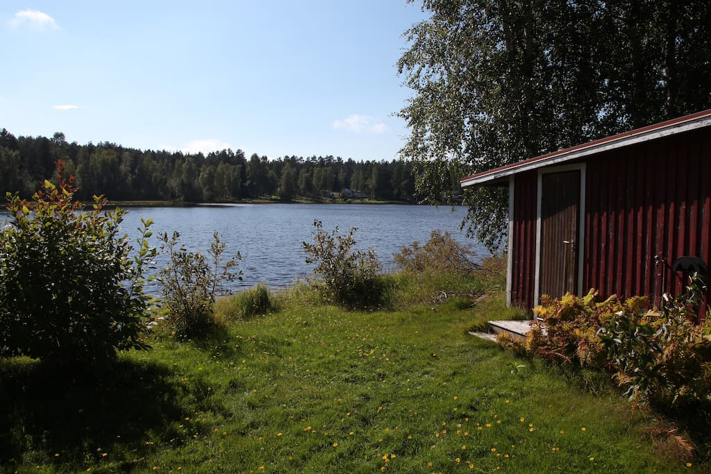 This is the sauna - right by the lake!