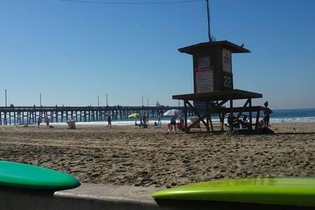 California Dream'in Steps to Sand. - Newport Beach