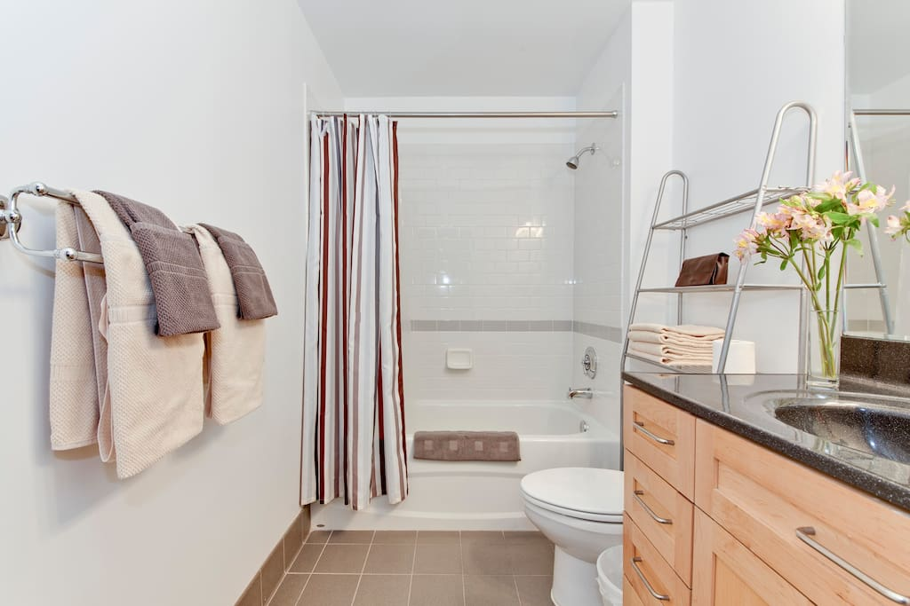 London Studio in Dupont Circle