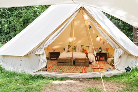 Amber's Bell Tents at Mannington - Telt