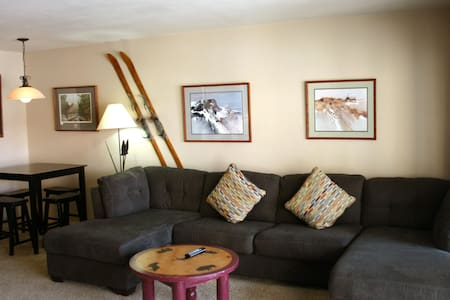 Location!  ski in/out slopeside - Wohnung