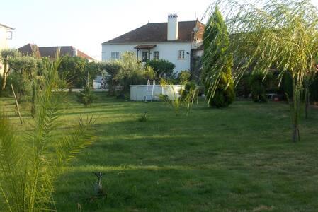 Country house  Quinta das Maçãs - Villa