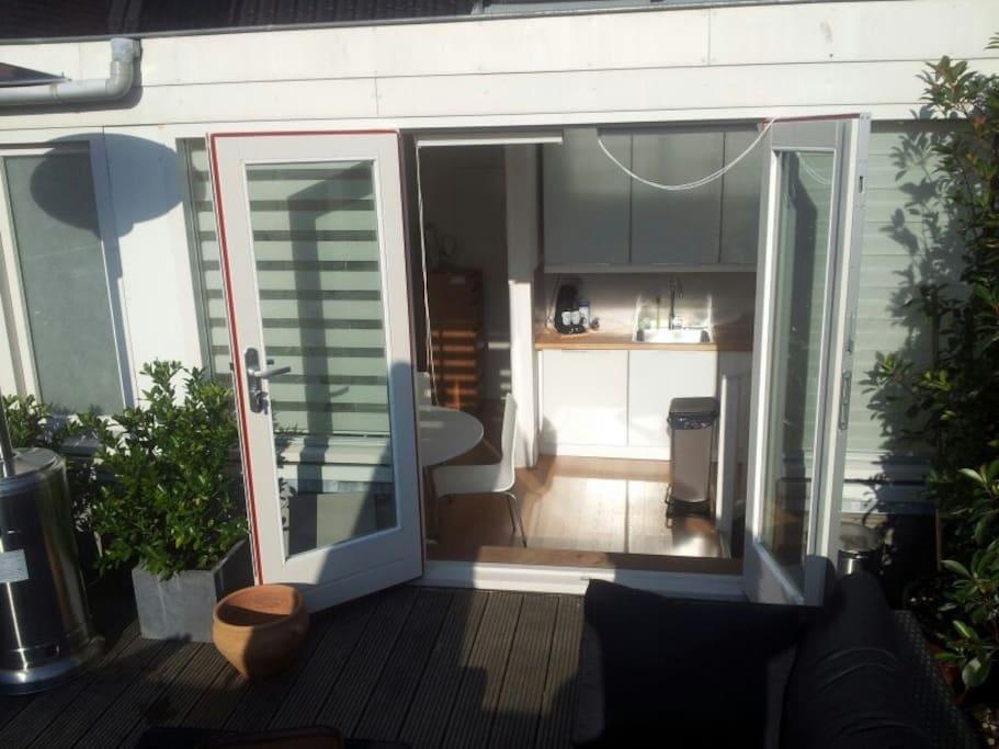 BEAUTIFUL Roof Terrace apartment!!!