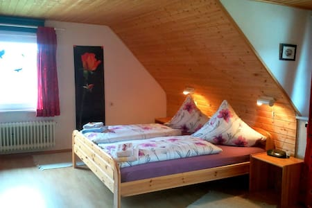 Sunny double room under the roof  - Outros