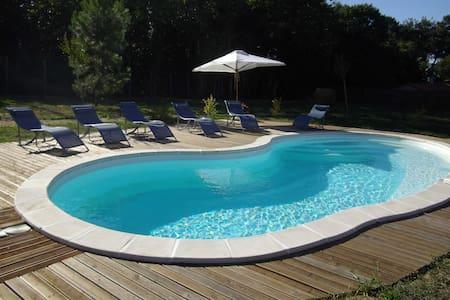 maison de campagne avec piscine - Hus