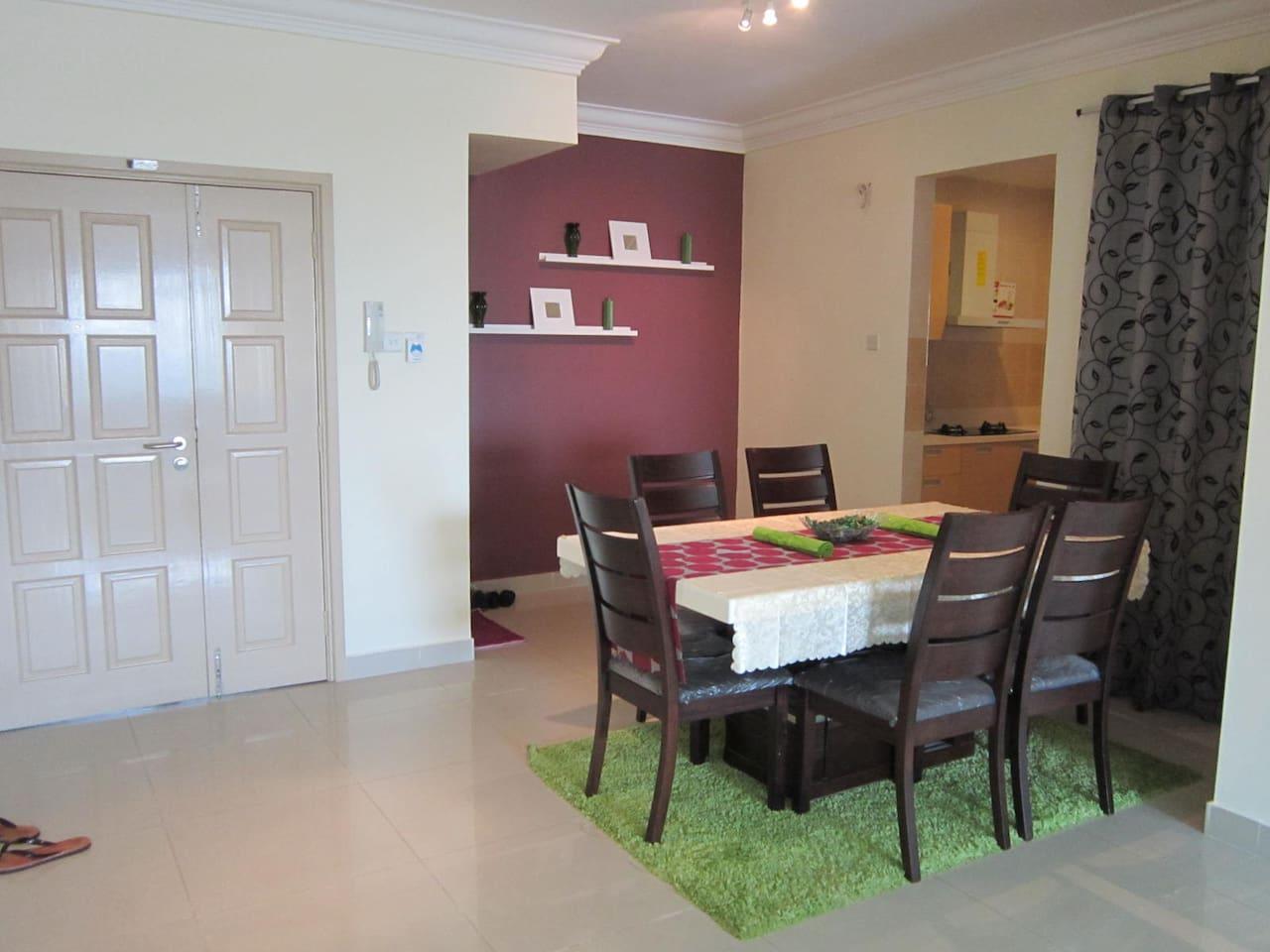 Centre of Subang Jaya (3 Rooms)