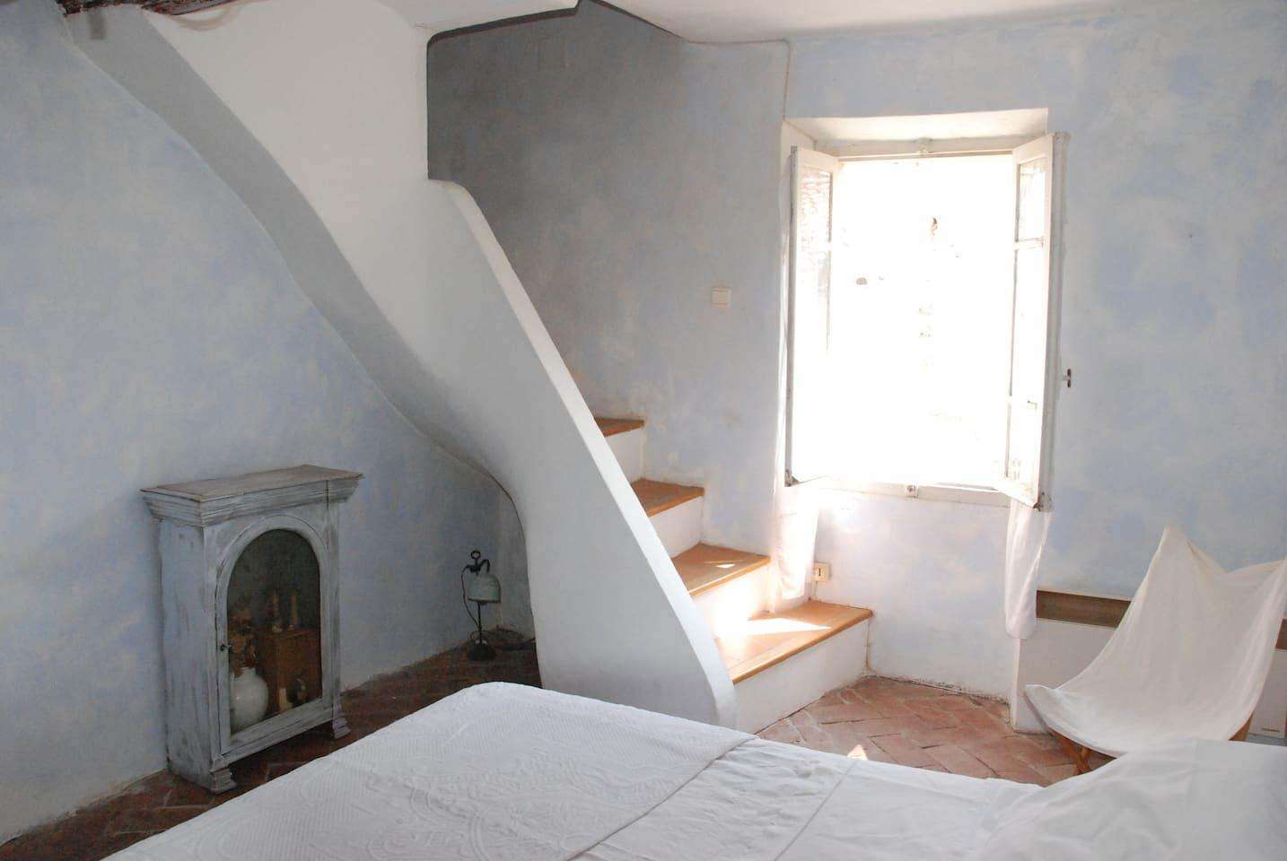 Genuire Catalan house