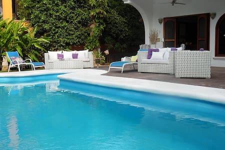 Hermosa Casa en Nuevo Vallarta. $5.000/dia.10Pers. - Hus