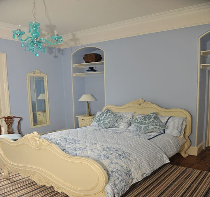 Glebe House : Blue bedroom