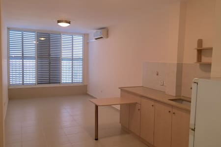 A renovated studio in Bat Yam - Bat Yam - Apartment
