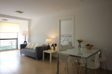 Santa Cruz 1-bed ocean-view apt., 4G WiFi - Santa Cruz de Tenerife - Appartamento