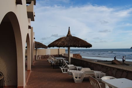 Private Beachfront Suite -Mazatlan - Wohnung