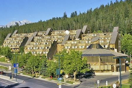 Inns of Banff - Bed & Breakfast