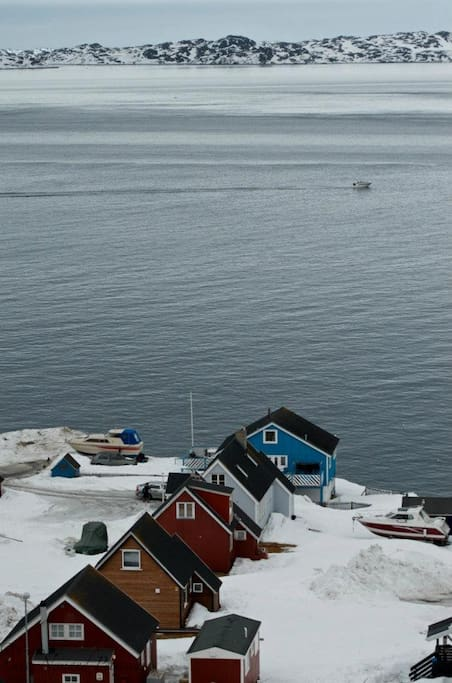 Its the red house 2 houses from the fiord