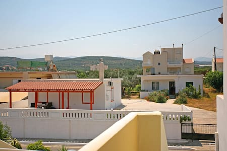 2BEDROOM APT/6/POOL 19 WEST CHANIA - Chania - Bed & Breakfast