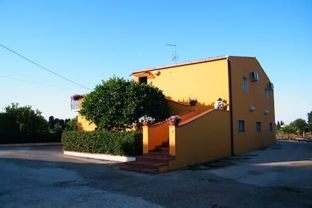 Villa Viola - Syrakus