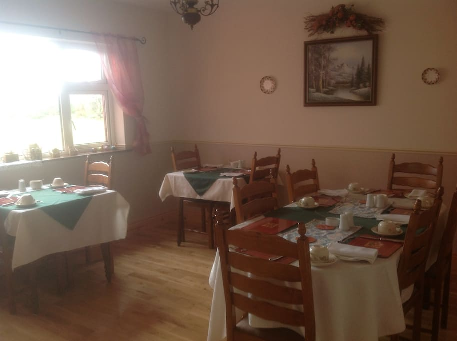 Breakfast room where we serve a selection of fresh local ingredients from local smoked salmon to Irish cheese.