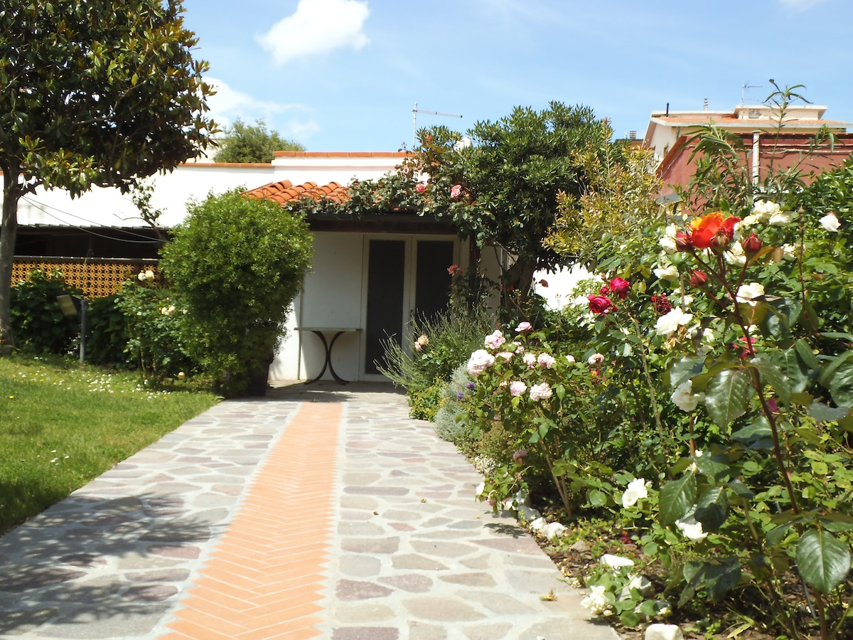 Bungalow for rent in Livorno inexpensively