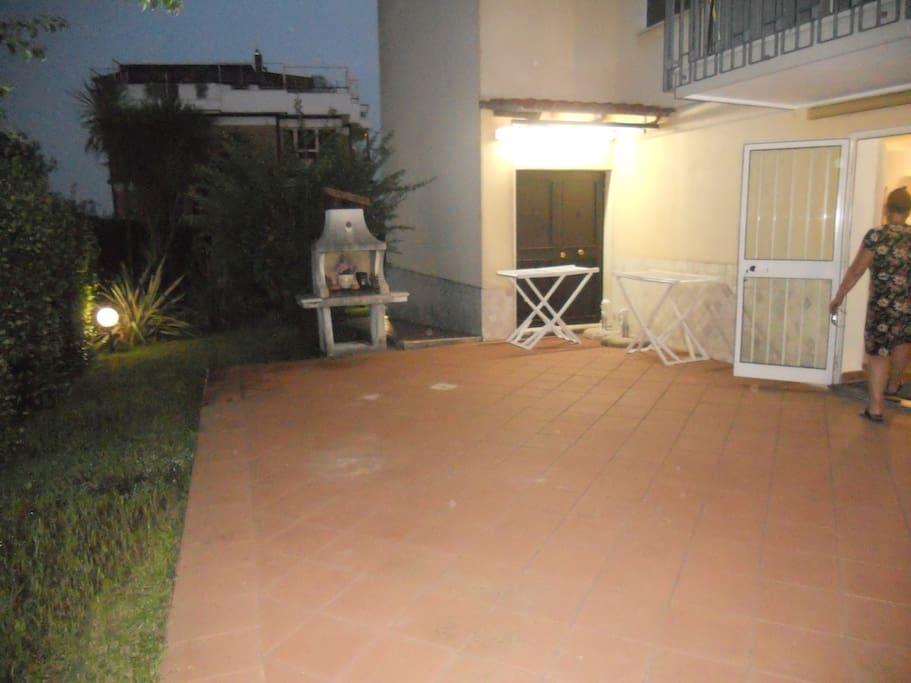 giardino con terrazzo openspace1