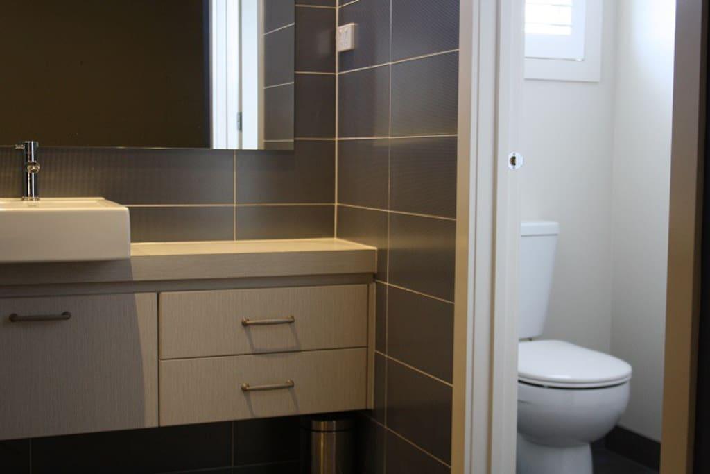 Private Ensuite room 3 in Melbourne