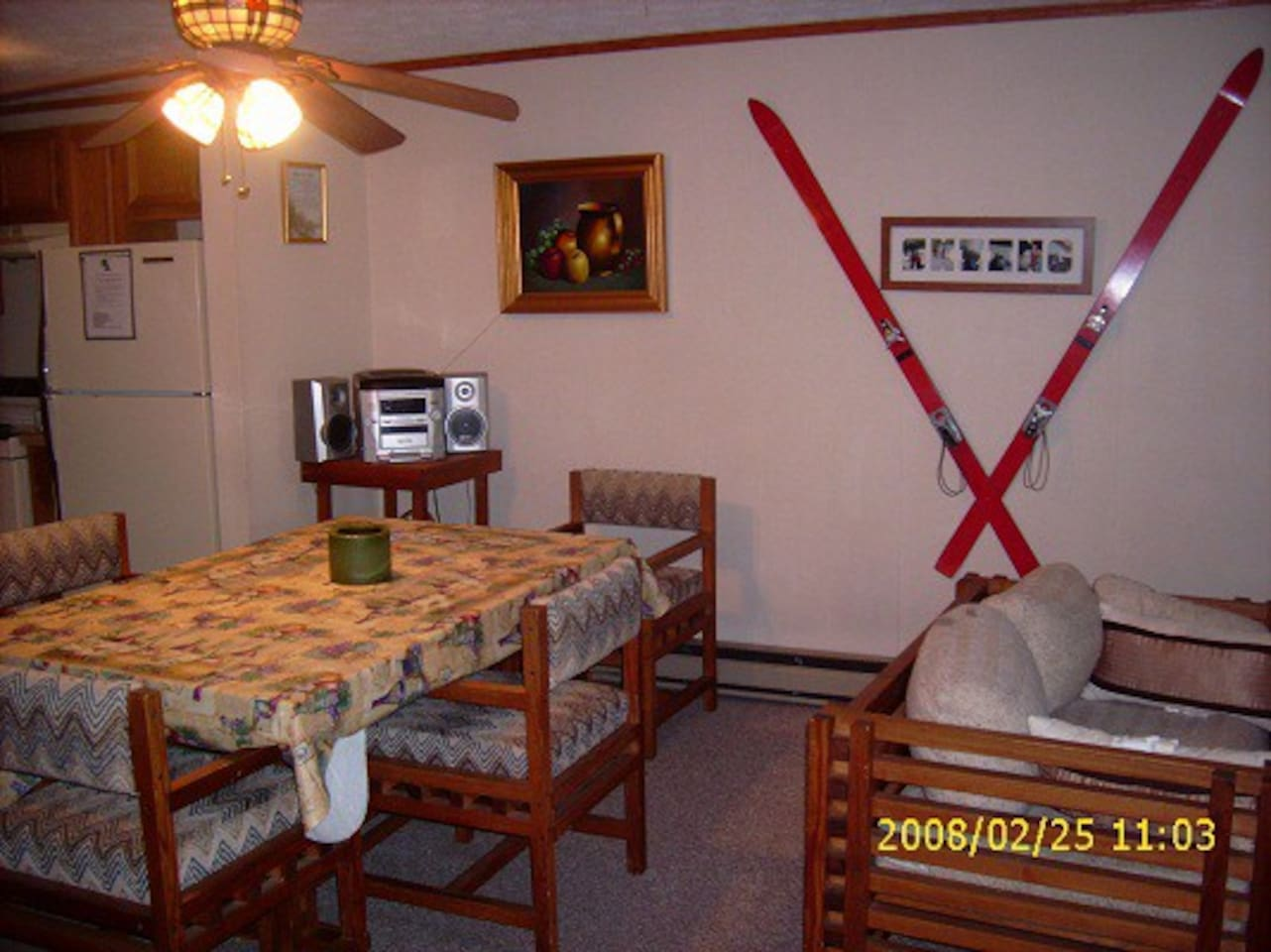 Our dining room seats 6 .Plenty of room for the whole family. Eat a good home cooked meal before you go skiing .
