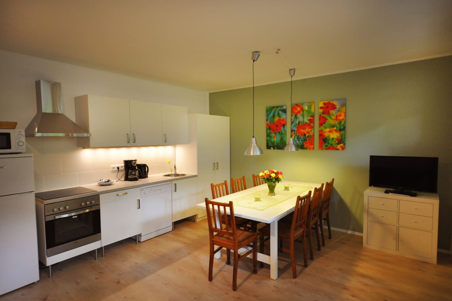 Flat for 8, nearby fair and city