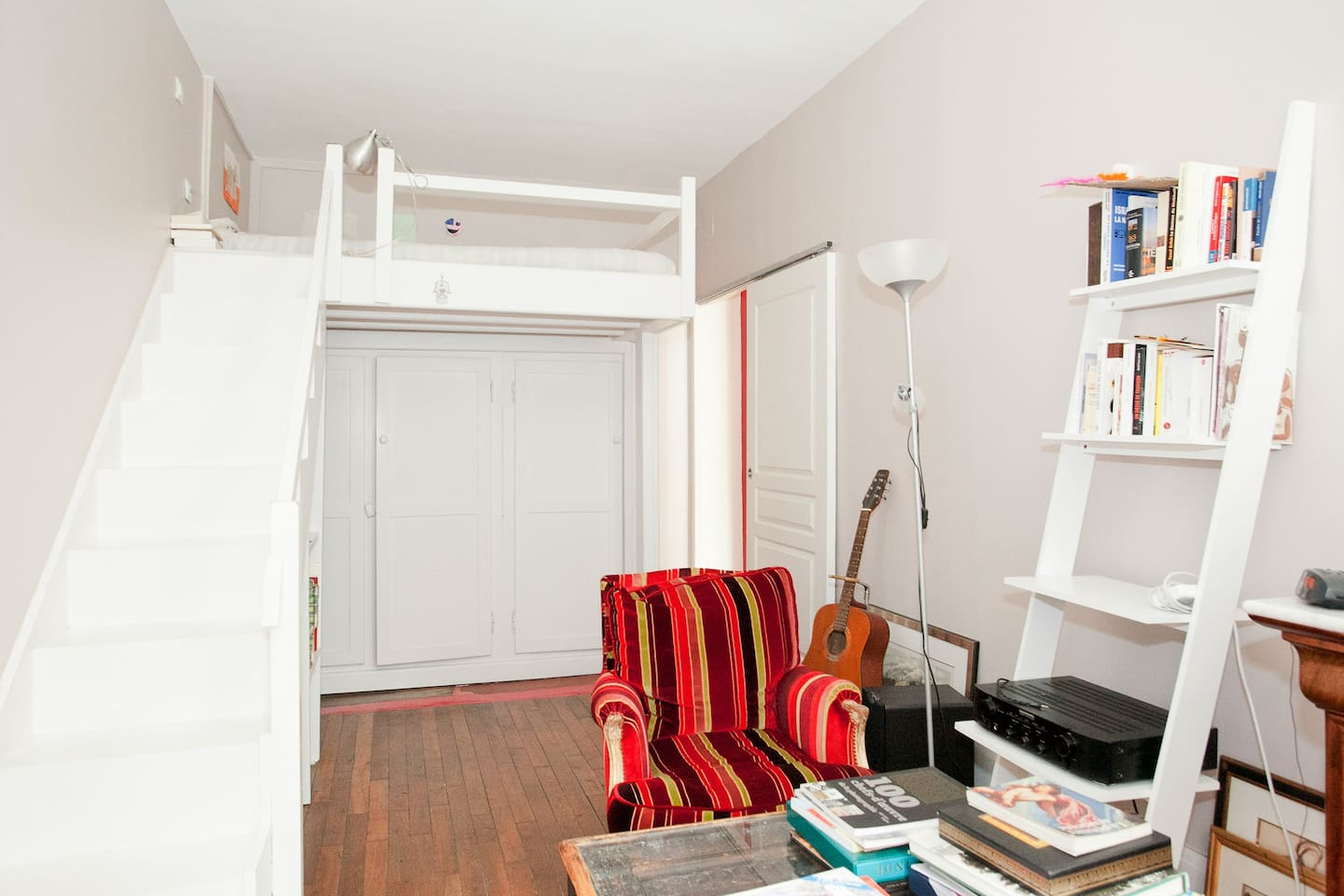 4 ROOMS-FLAT IN THE HEART OF PARIS