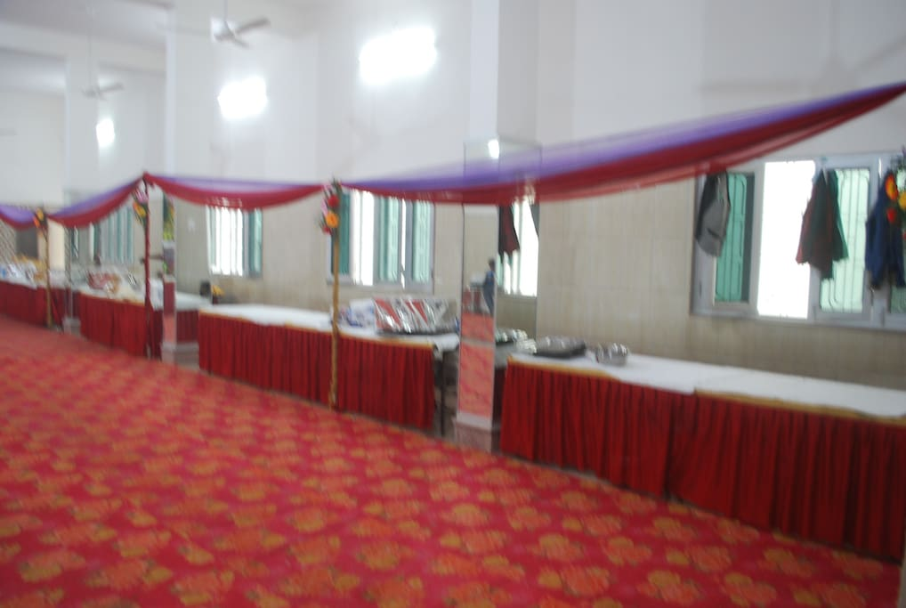 Our banquet hall is perfect for weddings, parties, seminars, conferences etc. It can be customized as per your choice with attractive lightings, flowers,etc. Food menu as per your occasion like theme wedding, social get together, any social events, confer